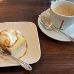 145352211 - ドルチェ・コーヒー