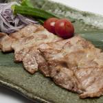 菜酒家FU-KU - 琉球島豚あぐーの島マース焼き