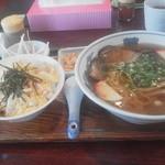 14537419 - ミニ丼セット(親子丼&中華そば)