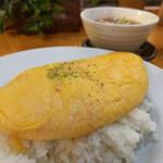 中国厨房 YUAN - ふわとろ天津飯 880円