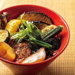 15種野菜のトマト麺