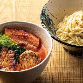 肉肉トマトつけ麺