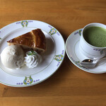 万平ホテル カフェテラス - 豆乳抹茶オレ&アップルパイ