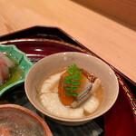 大神 - 〈二の盆〉ふわふわのじゃがいものすり流し。お出汁は和食の真髄ですね!