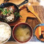 生姜料理 しょうが - とんきこ総菜ランチセット(1000円)