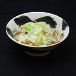 遠州豊田パーキングエリア(上り) フードコート - 料理写真:野菜たっぷり塩らーめん