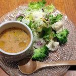 金星パスタ - 料理写真:Bセットのサラダ&スープ