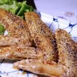 地鶏と本格焼酎 二代目まいぺん - 手羽先の黒胡椒揚げ
