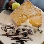 VIOLA - 料理写真:シフォンケーキセット
