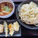竹國 武蔵野うどん - 料理写真:肉汁うどん