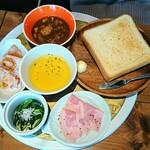 ジャパン キッチン アキバ - 洋食セット