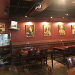 THE KING GEORGE English Pub - 店内。