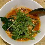 空と大地のトマト麺 Vegie  - 9種野菜のトマト麺のアップ