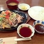 14544496 - 野菜炒め定食850円