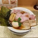 145441852 - 地鶏醤油らーめん(特製)