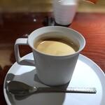 アニオン - 追加で「珈琲(200円:税込)・・濃厚で苦みを感じる珈琲。で、、ミルクを頂きタップリ入れました。