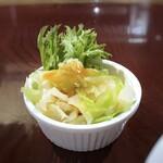 アニオン - ◆コールスロー・・キャベツは他店よりも太めのカットですね。味わいは普通かしら。