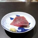 食堂 ぎんみ - ◆鯨(長崎)、生姜醤油で・・鯨は若干硬いかしら。