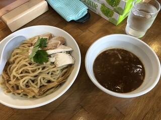 つけ麺 弐☆゛屋 - つけ麺は定番かな。