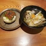 Kyoudoshukouaomoriya - にんにく味噌の焼きおにぎりと八戸せんべい汁