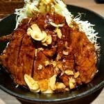 サッポロトンテキ - トンテキ定食のお皿アップです。