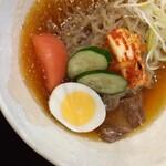 レストラン京泉 - 料理写真:韓国冷麺