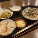 村上水産仲買人直営店鮮魚部 - 満ち潮定食
