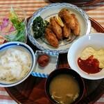145479759 - 牡蠣フライ定食
