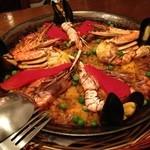 EL BARCO - 魚介類のパエーリャ(2人前)
