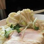 トリシオブットイメン 井の庄 - 極太ストレート麺