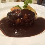 ochanomizuogawaken - 黒毛和牛ハンバーグステーキ160㌘ 1,870円税込 スープ、サラダ、ドリンク(コーヒー又はティー)付き