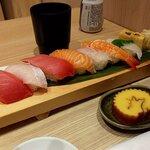 魚力食堂 - 魚屋の握り 8貫(アップ)(2021.1)