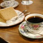 145502442 - シフォンケーキ黒糖・ブレンド。