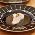 レカマヤジフ - 鮮魚蒸しは真鯛。中国の野山椒で。フワッしっとり。