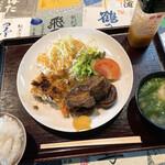 washokuokaki - 三元豚バラ肉と大根の甘辛煮