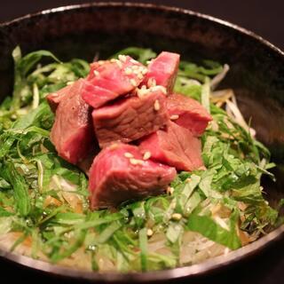 【六本木西麻布にくだらけ】大人気!肉の逸品料理も多数ご用意