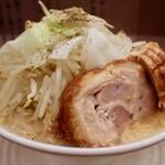 麺 五六 - 料理写真:小ラーメン・ヤサイ増し(780円)