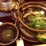 14556467 - 鱧と松茸と鴨肉の土瓶蒸し