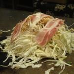 14556756 - 肉玉そばダブル(調理中)