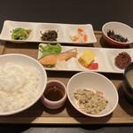定食屋 甚兵衛 - 料理写真:ほのぼの定食