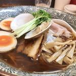 Ramen611 - 特製 蛤の中華そば、ア〜ップ!