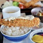 ゆうじん - 大海老フライとご飯