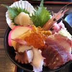 海鮮亭 高はし - 料理写真:海鮮丼アップ
