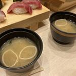栄寿司 - お味噌汁