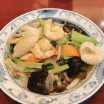 中華風家庭料理 ふーみん - 中華丼