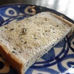 カーサベッキァ - ランチの胡麻パン