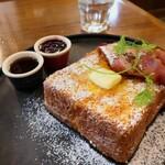 Crossroad bakery - ブリオッシュフレンチトースト