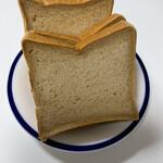 Boulangerie Bistro EPEE - 黒糖の食パン