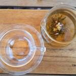 ビストロアンドカフェ タイム - 花茶。