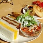 Cafe茶珈 - アフタヌーンティーセット 1450円